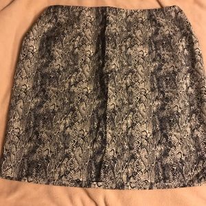Talbots - Snake Print Pencil Skirt - NWOT - Sz. 20